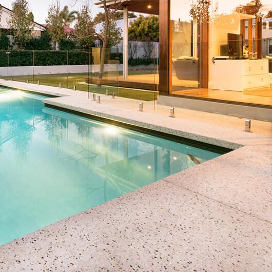 Seamless Pool Edging