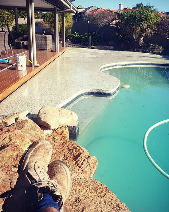 perth seamless pool edging